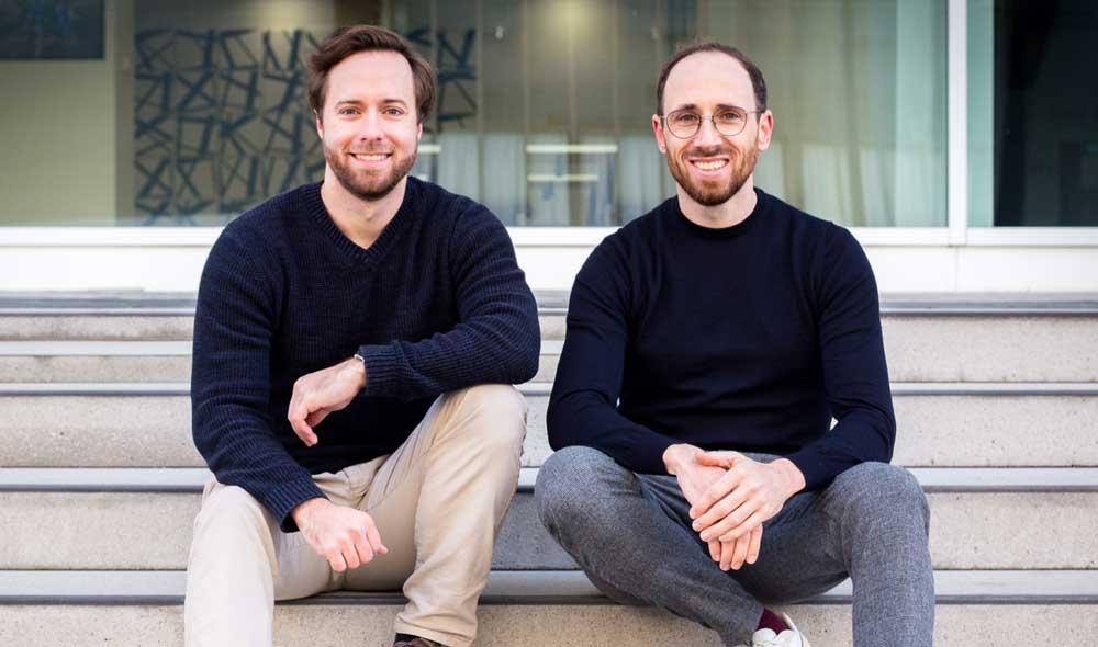 Portraitfoto der zwei Gründer des Hausverwaltungsservices immocloud